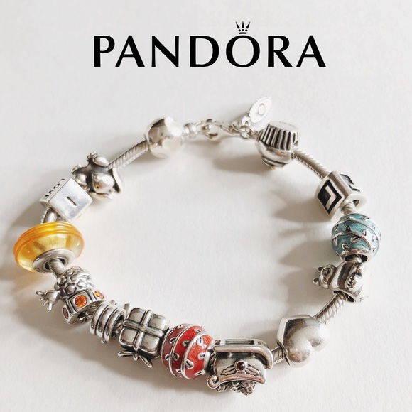 333af39fd Authentic Pandora Bracelet w/15 charms. M_5ae9e75f36b9decf7be49e88